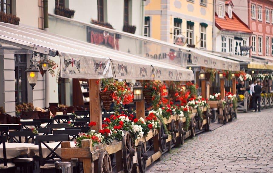 Уличные кафе старого города