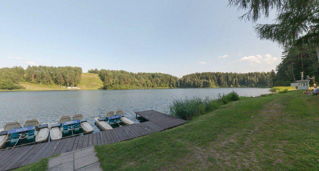 Лето у озера