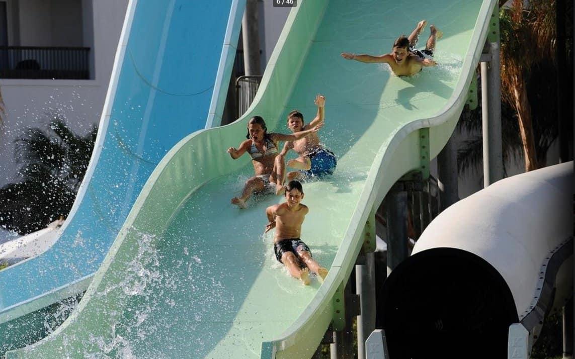 Водные развлечения в отеле Reef Oasis Blue Bay