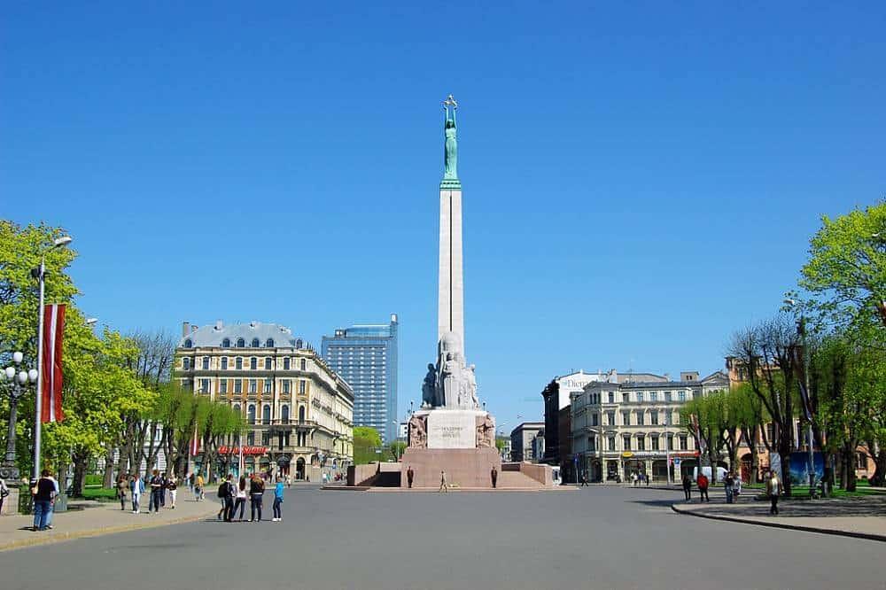 Площадь Свободы в Риге