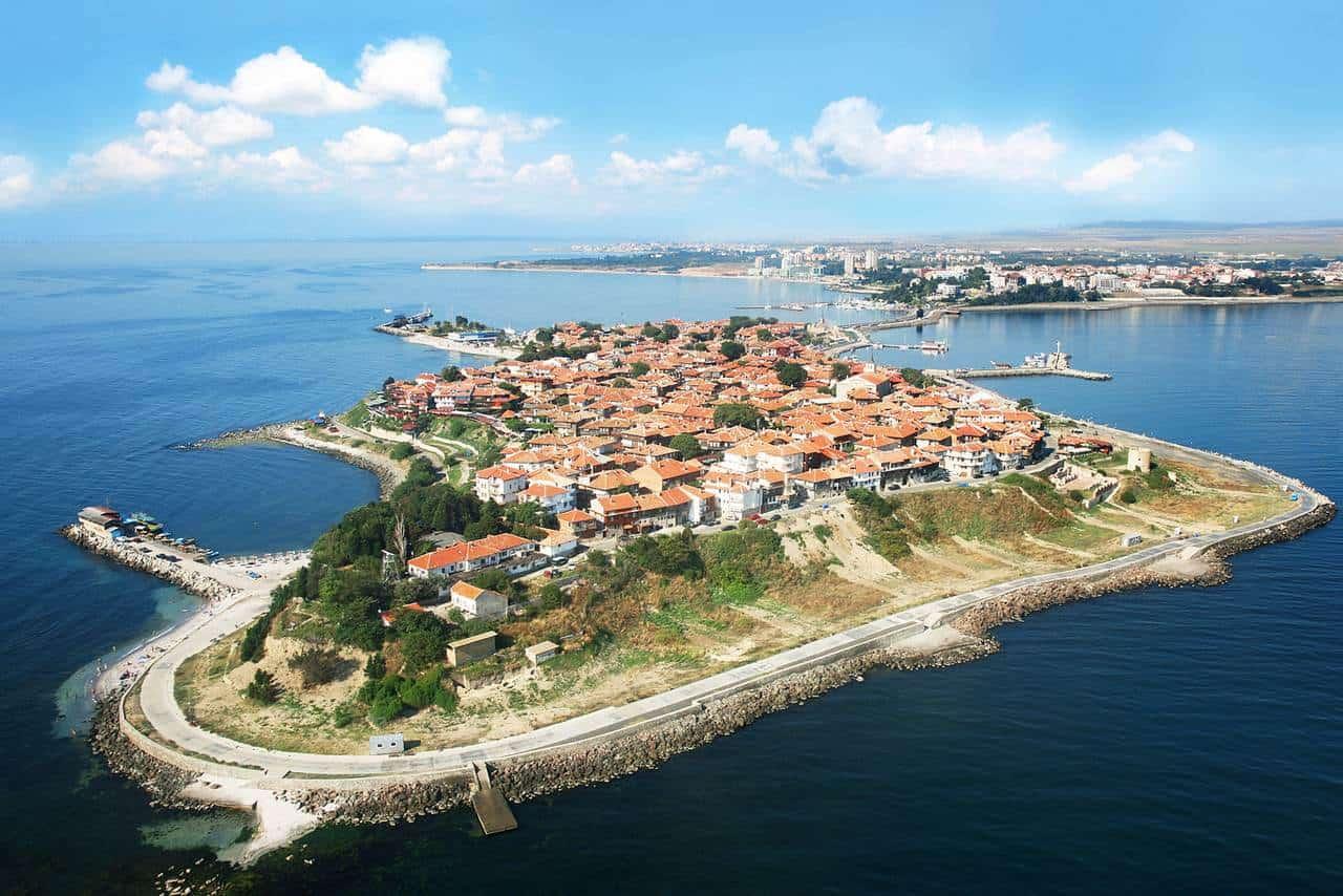 Несебар - одна из самых популярных болгарских экскурсий