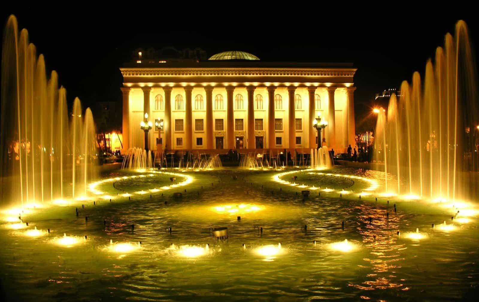 Танцующий фонтант в Баку