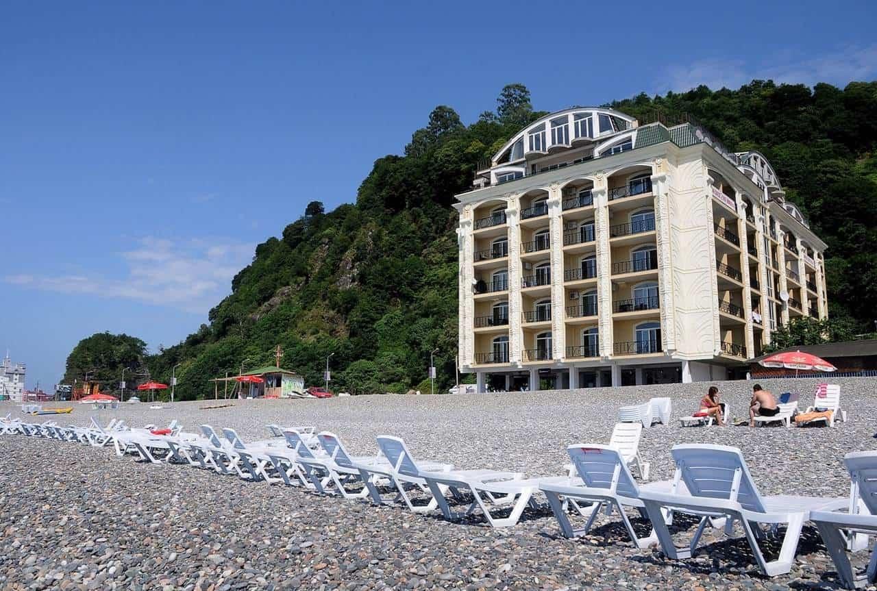 Отель Sunset Kvariati на берегу моря