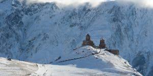 Монастырь Гергети весной