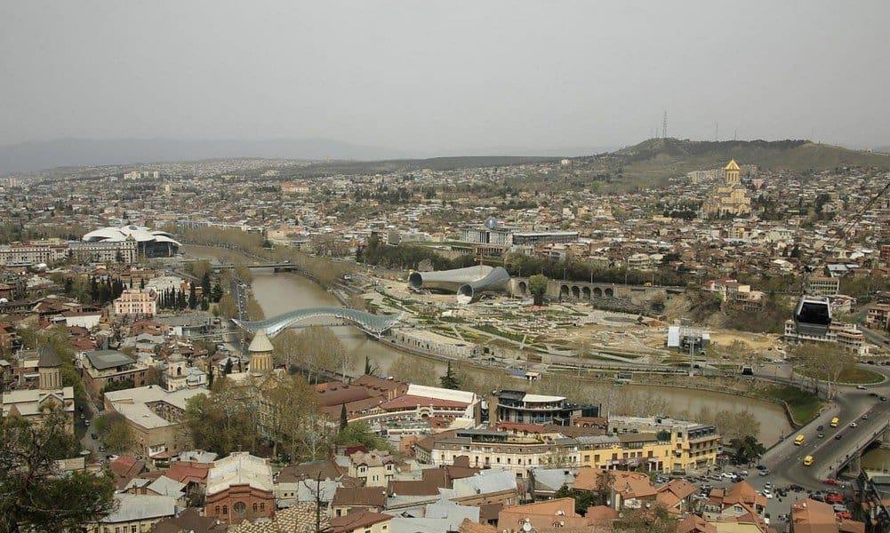 Тбилиси в апреле