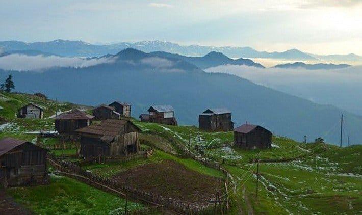 Вид на горы в Бешуми
