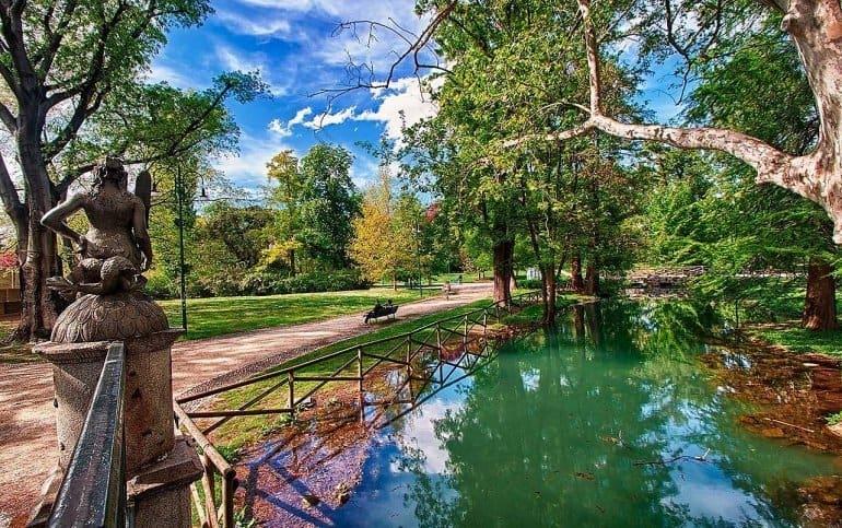 Парк Sempione