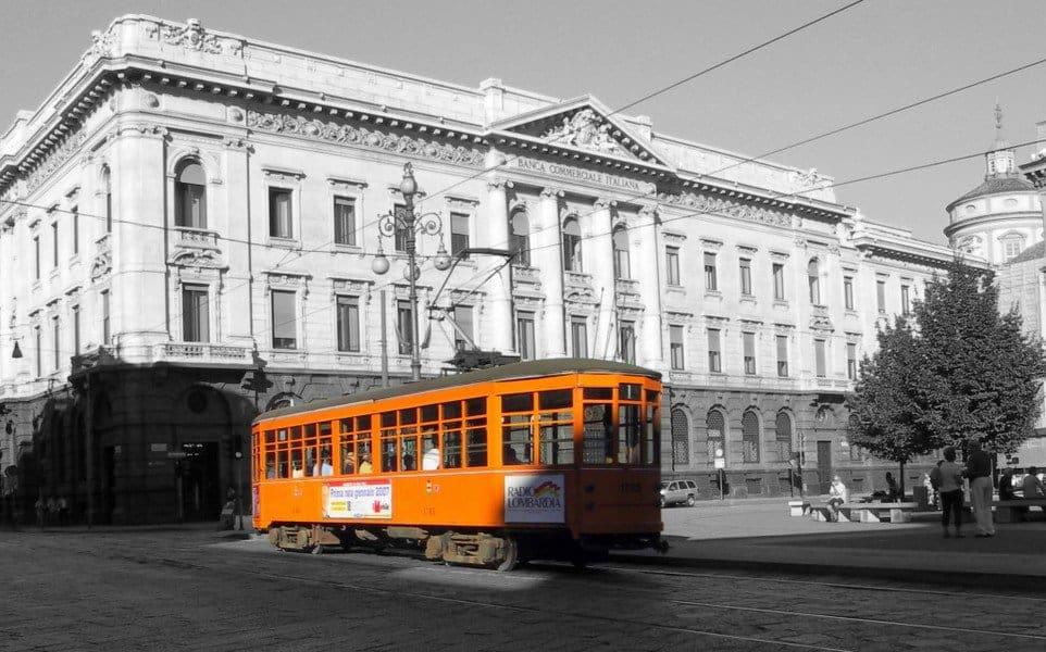 Старинный трамвай Милана