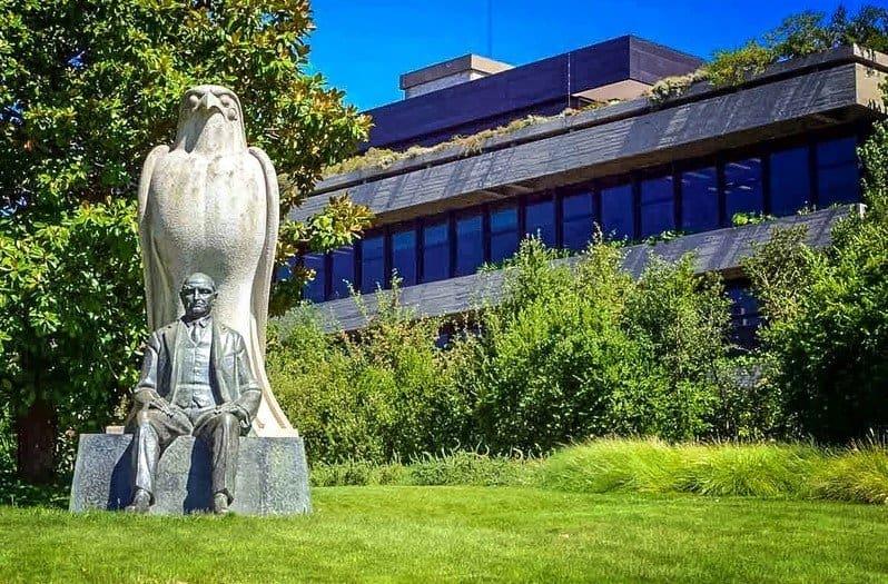 Художественный музей Галуста Гюльбенкяна