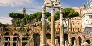 Уцелевшие древние постройки