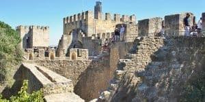 Прогулки по замку