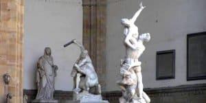 Скульптуры лоджии
