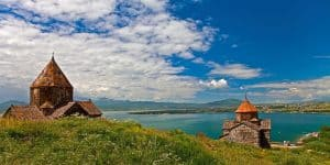 Озеро Севан в Армении
