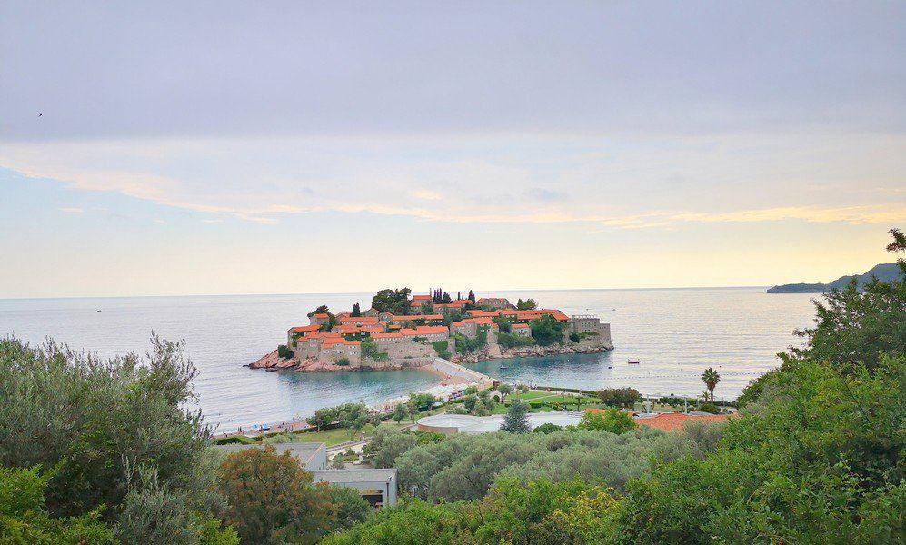 Необычный отель на острове Св.Стефана