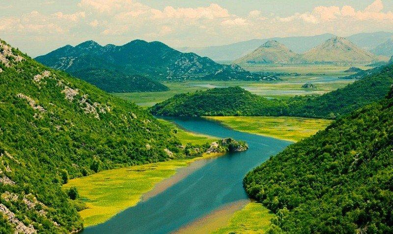 Необычное озеро Черногории