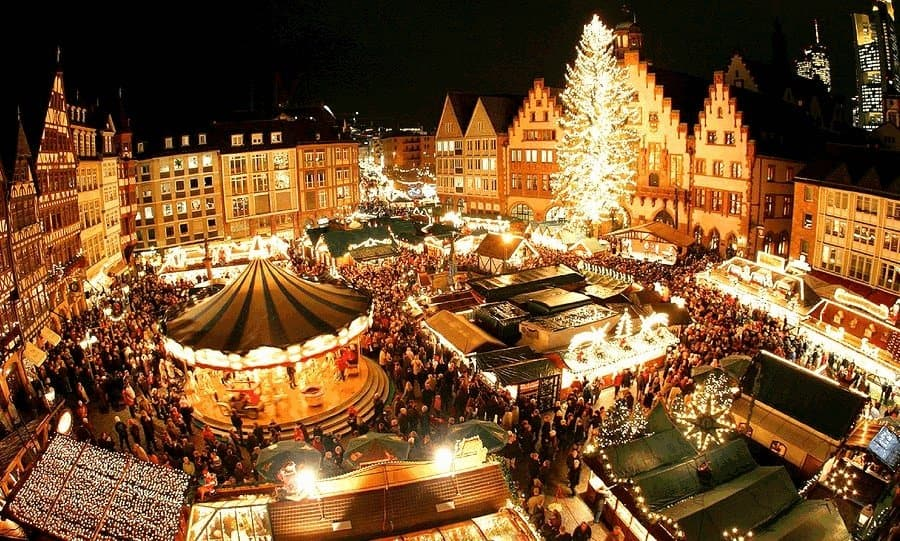 Староместская площадь в канун Нового года
