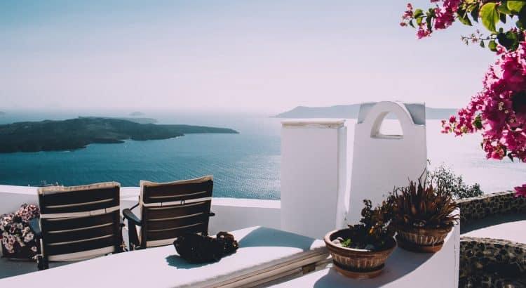 Греция в ожидании туристов